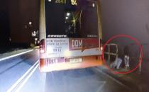 Bijatyka przeniosła się z autobusu na...