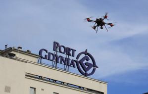 Dron firmy Pelixar już patroluje Port Gdynia