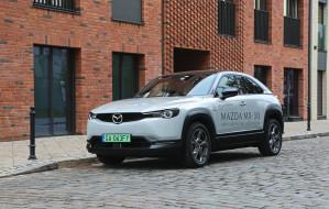 Elektryczna Mazda MX-30 oferuje 200 km zasięgu