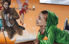 Gdańsk-Przeróbka: nowy mural Looneya przy bibliotece