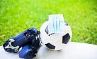 Jak niższe ligi piłkarskie radzą sobie z COVID-19? Harmonogram meczów na weekend