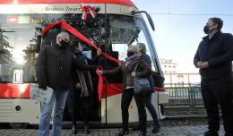 Brunon Zwarra został patronem tramwaju. Wkrótce Cybulski i Kosycarz