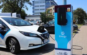 Samochód elektryczny naładujesz z latarni