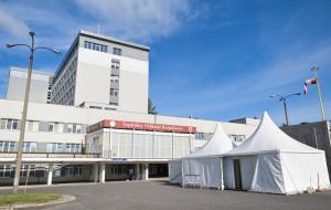 COVID-19. Szpitale pracują na pełnych obrotach