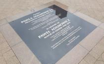 Tablica pamięci Pawła Adamowicza już...