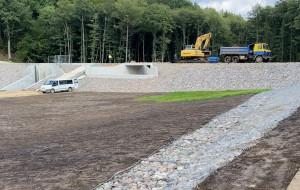 Nowe zbiorniki retencyjne i drogi na Dąbrowie