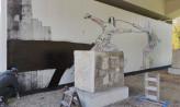 Szermierze na muralu na wiadukcie PKM