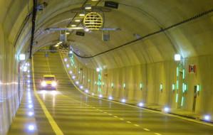 Pijany jechał 148 km/h w tunelu pod Martwą Wisłą