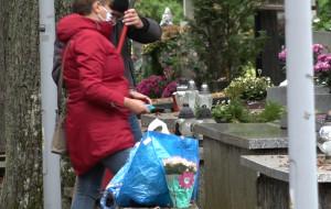 Pomogą seniorom posprzątać groby
