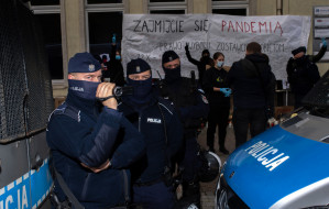 Zachowanie policji podczas sobotnich protestów
