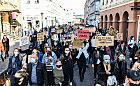 Protesty to igranie z życiem? Czytelnik zgłasza nas na policję