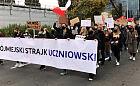 Strajk Młodych i przemarsz przebranych