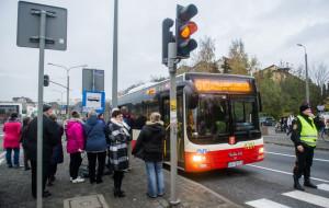 Gdańsk i Gdynia wydały 700 tys. na organizację komunikacji na Wszystkich Świętych