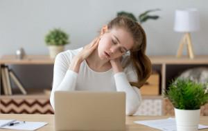 Stres atakuje plecy. Jak temu zaradzić?