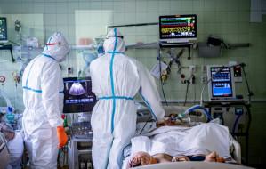 Szpital zakaźny od środka. Zobacz, jak leczy się chorych na COVID-19