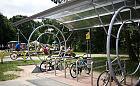 Gdańsk-Wrzeszcz: będą nowe stojaki na rowery i słupki przy jezdni