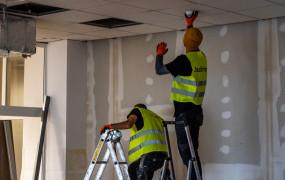 Budowa szpitala tymczasowego trwa. Kogo szukają do pracy?