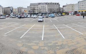 Czytelnicy: Miejsce parkingowe nikomu się nie należy