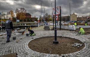 Na Ołowiance powstaje Aleja Włazów i... wirtualna toaleta