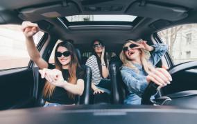 Czego słuchamy w samochodzie?