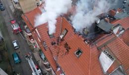 Skutki piątkowego pożaru kamienicy w Sopocie. Trwa internetowa zbiórka pieniędzy