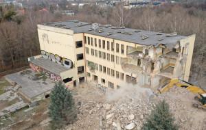 Znika dawny budynek Instytutu Psychologii UG w Jelitkowie