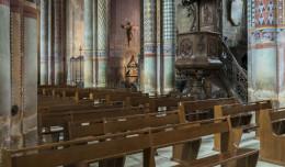 Mniej chrztów, komunii i ślubów - raport Instytutu Statystyki Kościoła