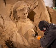 Odsłonięcie szopki z piasku w Oliwie