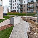 Utrudnienia dla pieszych na nowym osiedlu we Wrzeszczu