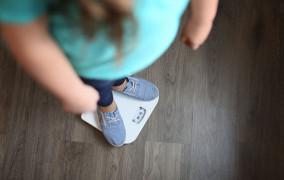 Problemy z jedzeniem u dzieci. Jak sobie z tym radzić?