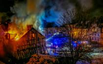 Nadpalony budynek przy pl. Wałowym...