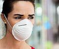 """Maseczki a makijaż - jak pandemia zmieniła kobiece """"rytuały""""?"""