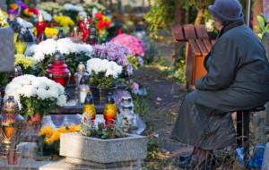Jak dotrzeć na trójmiejskie cmentarze?