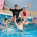 Nauka pływania wznowiła działalność. Jaka frekwencja i ceny?
