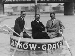 Zakład to zakład. Żeby wygrać, przepłynęli balią z Krakowa do Gdańska
