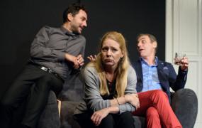W teatrach sporo się dzieje