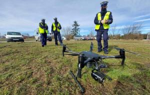 Policyjny dron namierzał piratów drogowych