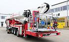 Najwyższy w Polsce strażacki podnośnik w gdańskiej rafinerii