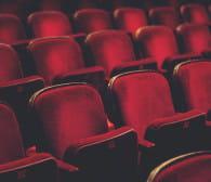Do teatru nie pójdziemy, ale spektakle są w sieci