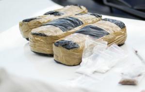 Łowcy cieni zatrzymali podejrzanego ws. przemytu 3 ton kokainy do Gdyni