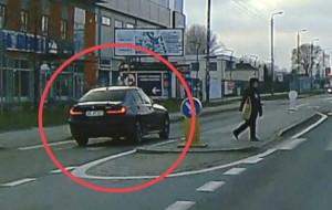 Pościg za BMW przez ul. Hutniczą