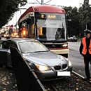 Kierowca komunikacji czy prywatnego auta - kto częściej jest winny stłuczki?