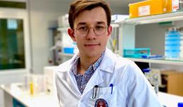 Naukowiec z GUMed obronił doktorat jeszcze jako student