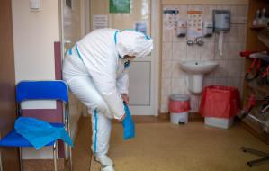 """Na Pomorzu brakuje kadry pielęgniarskiej. """"To już nie jest wyrwa, to lej po bombie"""""""