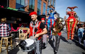 Cyrkowcy zbierają na festiwal w Trójmieście
