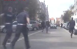 Złodziej wbiegł na ulicę przed jadący radiowóz