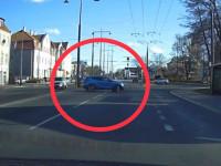 Pościg za złodziejem samochodu. Policja oddała strzały