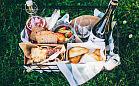 Pomysł na majówkę - kosze piknikowe i zestawy na grilla