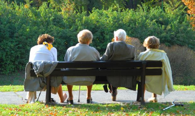 Coraz więcej emerytów w Polsce. Kraj się starzeje