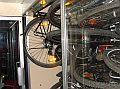 Przedział bez siedzeń w roli wagonu rowerowego